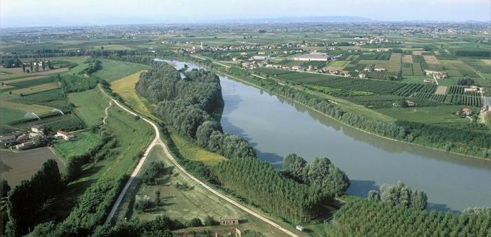Golena_Fiume_Adige